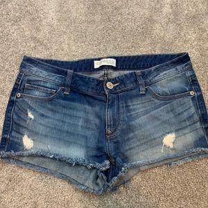 Like new express jean shorts